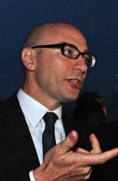 Mario Vattani
